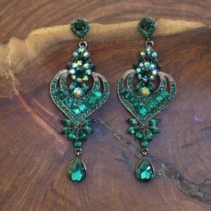 Jewelry - Emerald Green AB Prom / Pageant / Gala Earrings